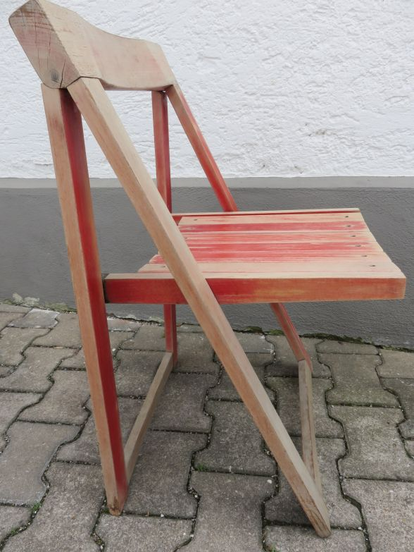 vintage design holzklappstuhl in rot 80er jahre ebay. Black Bedroom Furniture Sets. Home Design Ideas